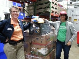 Want to take a tour of Manna and meet the people who are helping to end hunger?